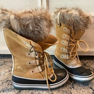 Sorel Joan of Arc Boots